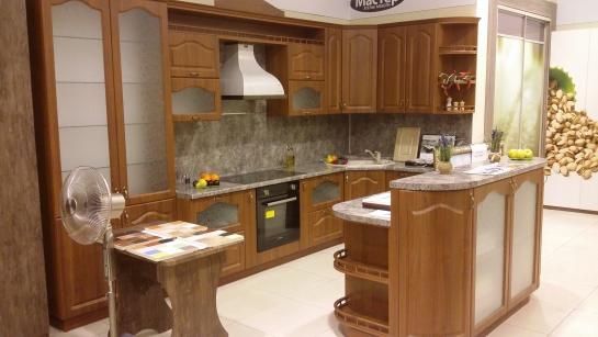 Кухня в пленке ПВХ с островом ПРОДАЕТСЯ с выставочного образца в ТРЦ Эльград - 130000